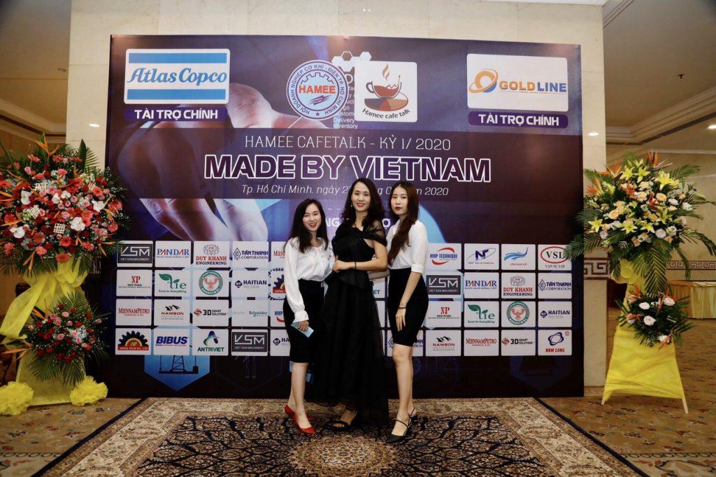 Tie Việt nam tại HAMEE Cafe Talk