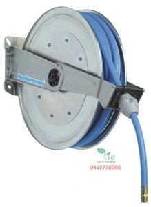 Stainless steel hose reel Series 888/889Stainless steel hose reel Series 888/889 với cuộn có kích cỡ trung bình Cuộn Series 889 được trang bị với hộp lớn hơn một chút do đó sẽ có ống dài hơn một chút so với Series 888. Phù hợp trong môi trường có độ ẩm cao, nơi cần vệ sinh hoặc là nơi có nguy cơ tấn công hóa học. Cuộn dây được làm 100% từ cao su có vỏ CR và ống bên trong NBR được bện dệt từ sợi tổng hợp và có độ dẫn nhiệt. Chiều dài từ 10-20m. Nhờ thiết kế mở, các cuộn rất dễ dàng để sử dụng, bảo trì và giữ sạch sẽ. Thường dẫn nước chịu nhiệt đến 100°C dùng trong các ngành công nghiệp, sửa chữa ô tô. Nhờ thiết kế mở, các cuộn rất dễ bảo dưỡng, bảo trì và giữ sạch sẽ. Có thể được cài đặt trên tường hoặc trên trần nhà. Bảo hành: 10 năm. Sản phẩm thuộc Nedamen Sản xuất tại Thuỷ Điển.